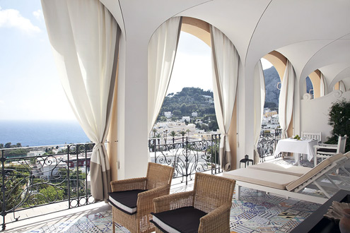 Hotel Inspired Decor: The Capri Tiberio Palace | TheModernSybarite