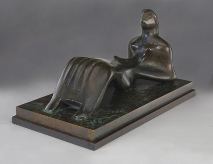 Henry-Moore-Sculpture-Bacall