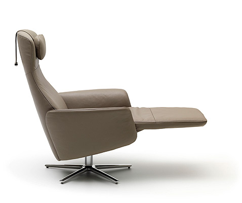 comfortable-recliners-Cleo
