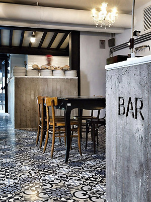 hacienda-style-decor-cement-tiles-black-floor