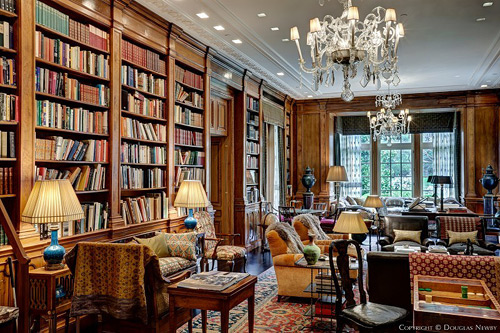 Crespi-Hicks-Estate-library-themodernsybarite