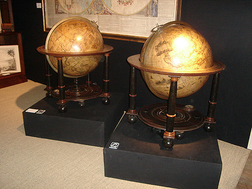 NYC-antique-fair-globe-themodernsybarite