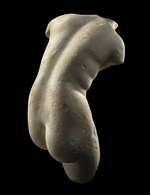 NYC-antique-fair-roman-torso-themodernsybarite